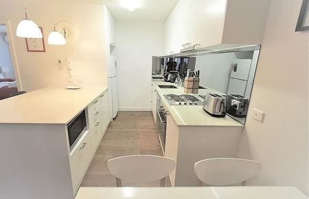 Small patient accommodation kitchen
